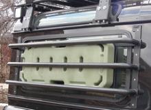 Защита боковых окон Land Rover Defender можно купить в 4x4mag.ru