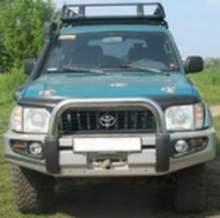 Стальной передний бампер с центральной хром. дугой PRADO FJ90 можно купить в 4x4mag.ru