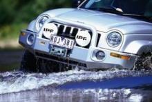 JEEP CHEROKEE LIBERTY (KJ/02-04) бампер передний DELUXE под лебедку +ABS можно купить в 4x4mag.ru