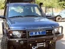 Передний силовой бампер для Land Rover Discovery со съёмным кенгурином. можно купить в 4x4mag.ru
