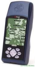 Картографический  навигатор Emap Deluxe,содержит в памяти 50 маршрутов, для загрузки карт MapSource используются флеш-карты (8-16-32-64-128МВ) можно купить в 4x4mag.ru