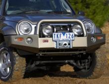 JEEP CHEROKEE LIBERTY (KJ/2005+) бампер передний DELUXE под лебедку +ABS можно купить в 4x4mag.ru